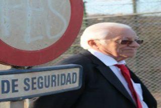 """El Padre Ángel se indigna ante la crueldad de la valla de Melilla: """"También los tanques son disuasorios"""""""