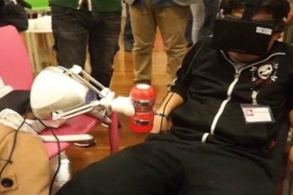 Llega el 'robot pajillero' que hace las delicias de los hombres en el mundo virtual