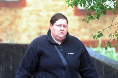 La profesora lesbiana engatusa a su alumna de 14 años y le caen 2 de cárcel