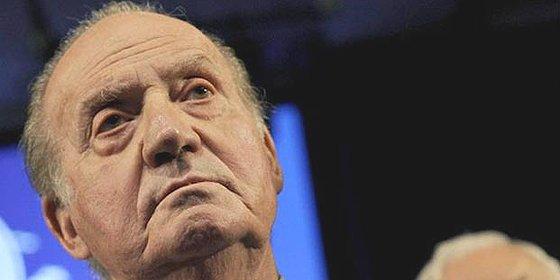 El PSOE quiere 'cortar cabezas' promoviendo una consulta para elegir Monarquía o República
