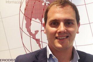 """Albert Rivera: """"No queda más vía en Cataluña que pactar Ciutadans, PSC y PP"""""""