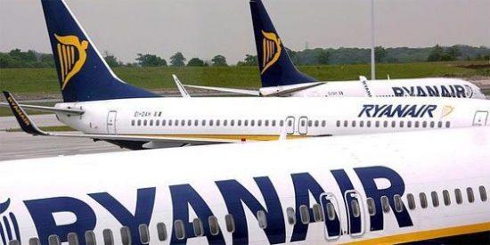 Se prende fuego la cabina de un avión de Ryanair y aterriza de emergencia en Sevilla