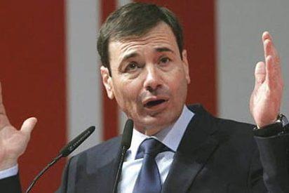 Tomás Gómez no pierde un euro por renunciar como senador gracias a un truco