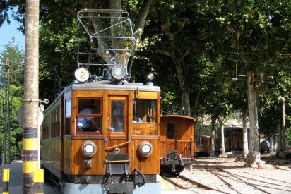 El tren de Sóller arrolla en Son Oliva a un chico que acababa de salir del colegio e iba con los cascos puestos