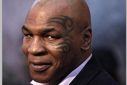 Mike Tyson pasaba los controles con un pene falso
