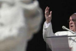 """Francisco reza por Filipinas, víctima """"de un tremendo tifón"""""""