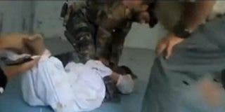 El perturbador vídeo de la tortura de un prisionero afgano ante dos boinas verdes