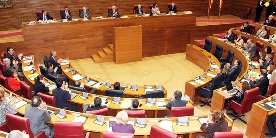 El PP aprueba en solitario la proposición de ley para liquidar RTVV