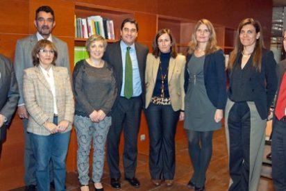 """Echániz: """"Con una buena gestión y el esfuerzo de todos hemos garantizado el futuro de la Fundación Sociosanitaria"""""""