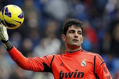 Adán elige entre Casillas y Víctor Valdés