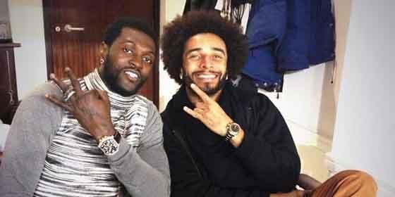 Los aficionados del Tottenham arremeten en Twitter contra Adebayor y Ekotto