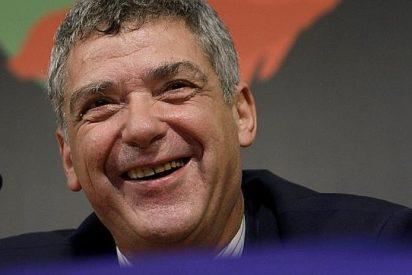 """Angel María Villar: """"Casillas es el mejor del mundo, pero Ancelotti pone a quien quiere"""""""