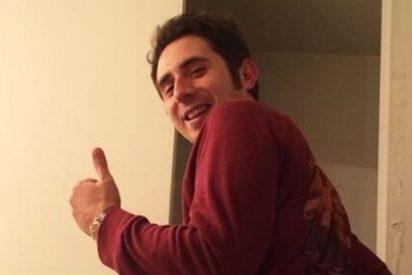 """Berto Romero, otro que se vuelve a desnudar en Twitter de manera gratuita: """"¡Os doy medio culo!"""""""