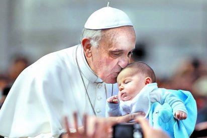 Francisco confirma que el Sínodo de Obispos abordará la comunión a los divorciados vueltos a casar