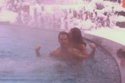 Las redes sociales son testigo del baño de Cesc junto a su novia
