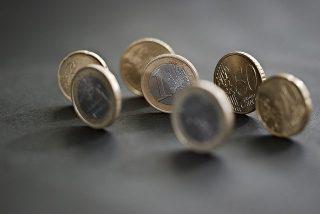 El Gobierno Rajoy deja el salario mínimo para 2014 congelado en 645,30 euros