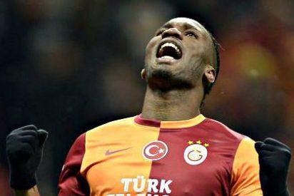 El Galatasaray se alía con un enorme barrizal para eliminar a la Juventus de la Champions