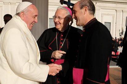 El Papa saluda al nuevo auxiliar de Compostela
