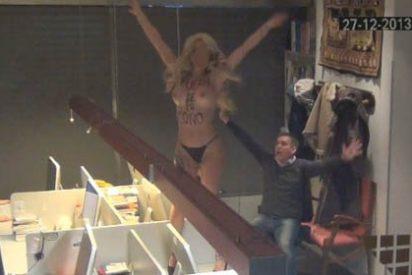 """Inocentada PD 2013: 'FEMEN' irrumpe en la sede de Periodista Digital al grito de """"¡fuera de mi coño!"""""""