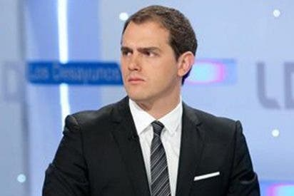 Albert Rivera dice que la reforma de la Constitución no puede contentar a los que quieren romper España