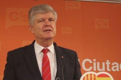 """C's acusa al PP de celebrar convenciones por """"la credibilidad perdida"""""""