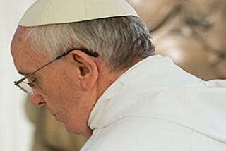 """Francisco: """"La intervención de Dios nos hace fecundos, nos da la capacidad de dar vida"""""""
