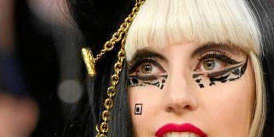 Ahora resulta que Lady Gaga es una farsante: le ha copiado el estilo a una chica que se suicidó