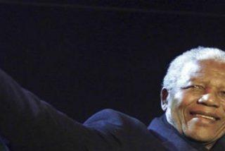"""Desmond Tutu: """"Fue nuestro patriarca y el padre de nuestra nación"""""""