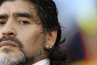 Maradona le llama traidor tras robar la novia a un compatriota