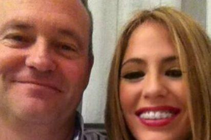 Pepe Mel sonríe en Navidad junto a su hija