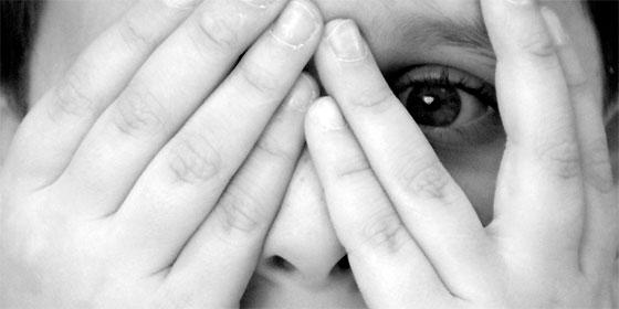 Logroño: La Policía Nacional halla muerta a una niña de 5 años en un hotel y a su madre a segundos de suicidarse