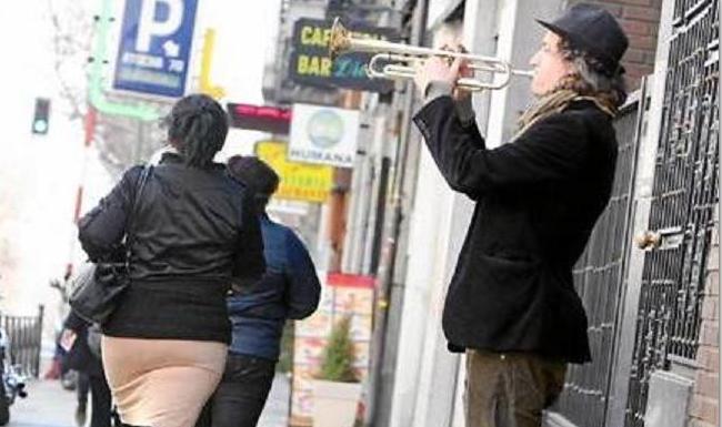 El 30 % de los aspirantes a músicos callejeros en Madrid no da la nota y suspende el casting