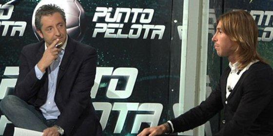 """José Damián González desvela que Sergio Ramos y su hermano René han encajado mal las últimas críticas: """"Ambos miraron con enfado a Pedrerol en la gala de la LFP"""""""