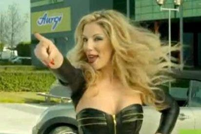 Cinco famosos de la TV haciendo el ridículo en un anuncio, ¿tan mal están de dinero?