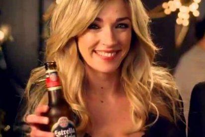 """La Vanguardia llama """"reina renegada"""" a Anna Simón por brindar con cerveza: """"¿Así agradece la gentileza que tuvieron de coronarla reina del cava?"""""""