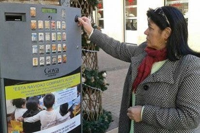Éxito de la máquina expendedora de alimentos solidarios