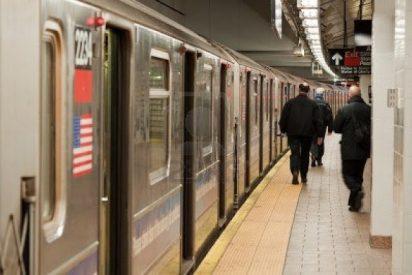 Un mendigo recibe una indemnización de 1,9 millones porque el metro le fracturó un pie