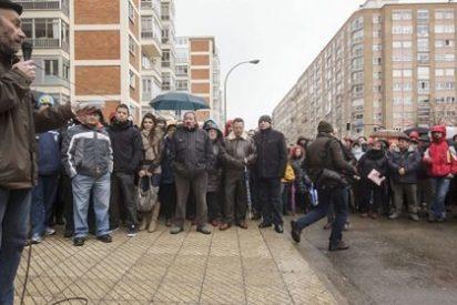 Unas 2.000 personas piden en Burgos que las administraciones no se personen como acusación
