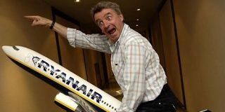 [Vídeo] Los pasajeros de Ryanair se cabrean y saquean 'enloquecidos' el avión