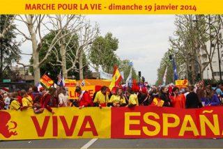 Miles de franceses alzan banderas españolas contra el aborto