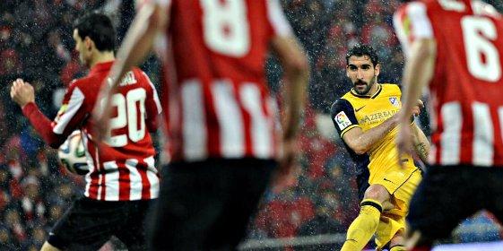 El Atlético de Simeone asalta San Mames, se carga a los 'leones' (1-2) y se cita con el Real Madrid