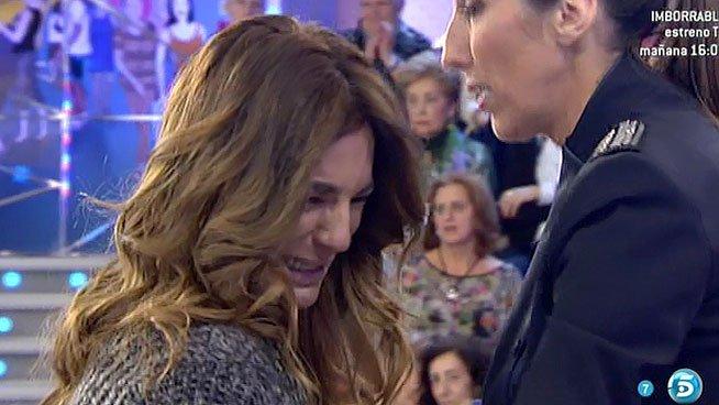 """Raquel Bollo sufre un, poco creíble, ataque de dolor: """"Si me tengo que ir de la tele, me voy"""""""