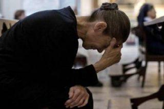 """Francisco: """"La Iglesia está llena de cristianos derrotados"""""""