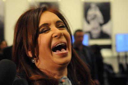 Argentina se cae por su propio peso