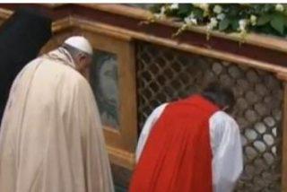 """El Papa abre la puerta a una nueva """"comprensión"""" del papel del Obispo de Roma en aras del ecumenismo"""