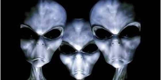 Acusan a la NASA de ocultar que ha encontrado extraterrestres en Marte y...¡la denuncian al juez!