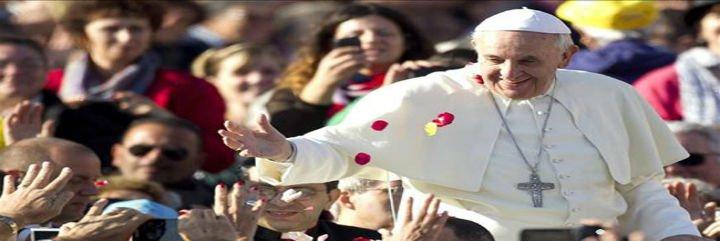 """El Papa: """"Realidades actuales como los hijos de parejas homosexuales suponen un desafío educativo nuevo"""""""