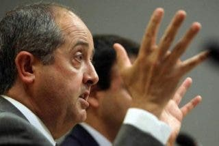Directivos alemanes piden a Artur Mas que deje la independencia y se centre en la crisis de Cataluña