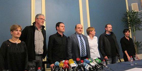 PNV y Sortu convocan una manifestación tras prohibirse la de apoyo a los presos