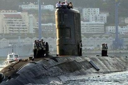 El submarino nuclear 'HMS Tireless' vuelve a recalar en Gibraltar
